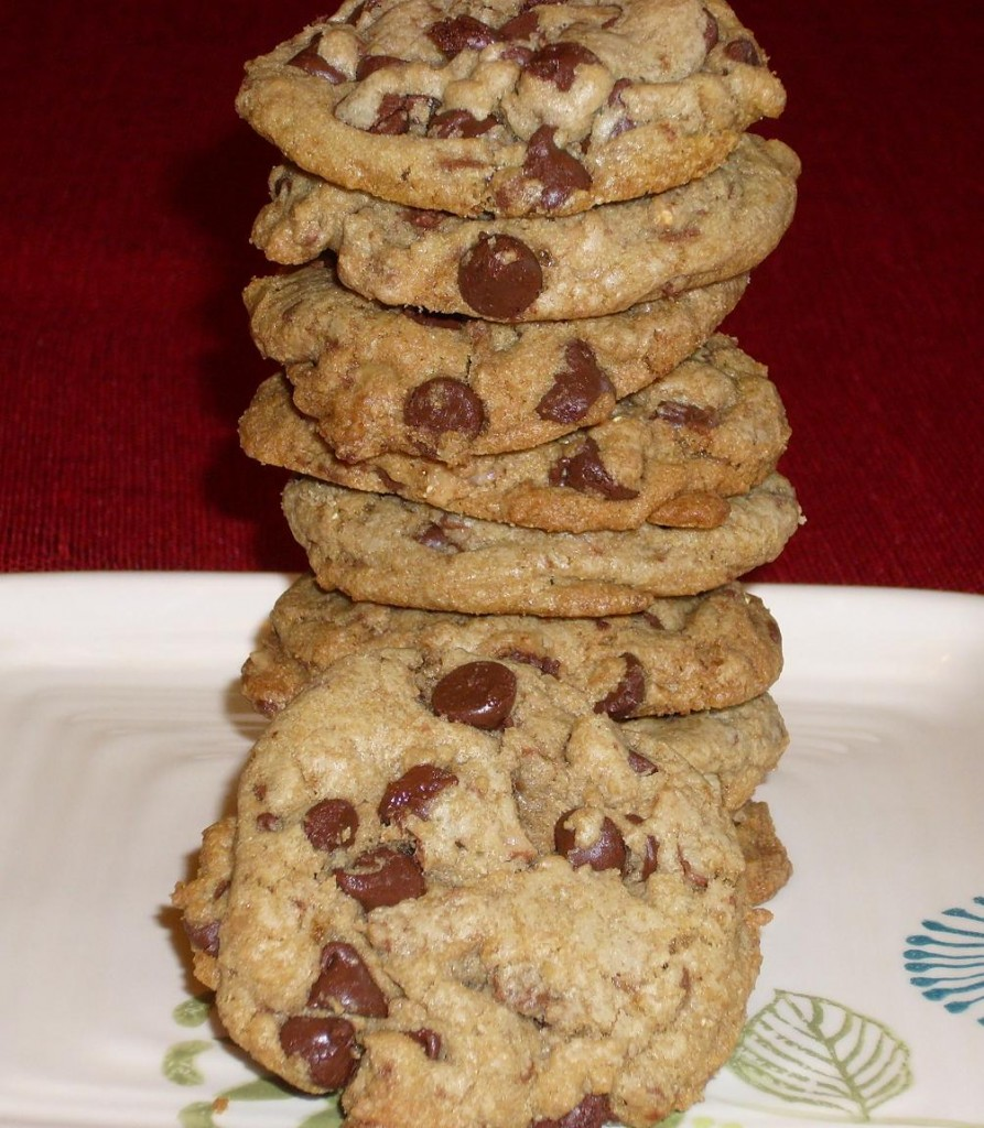 Browned-Butter-Chocolate-Chip-Toffee-Cookies-893x1024