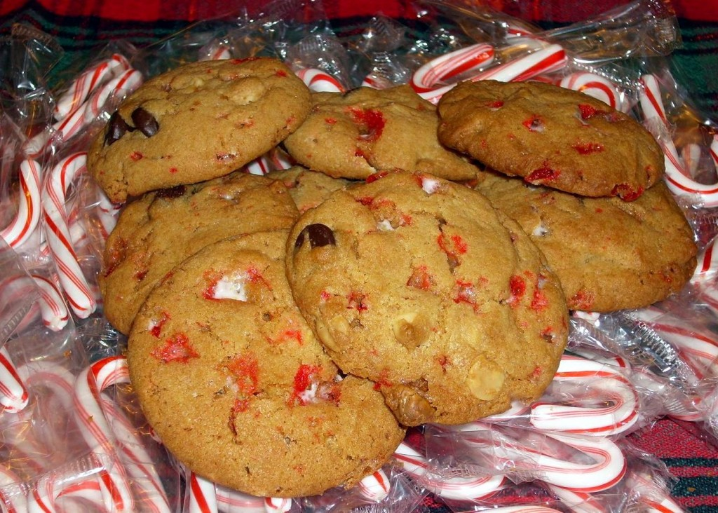 Peppermint Bark Chocolate Chip Cookies 2