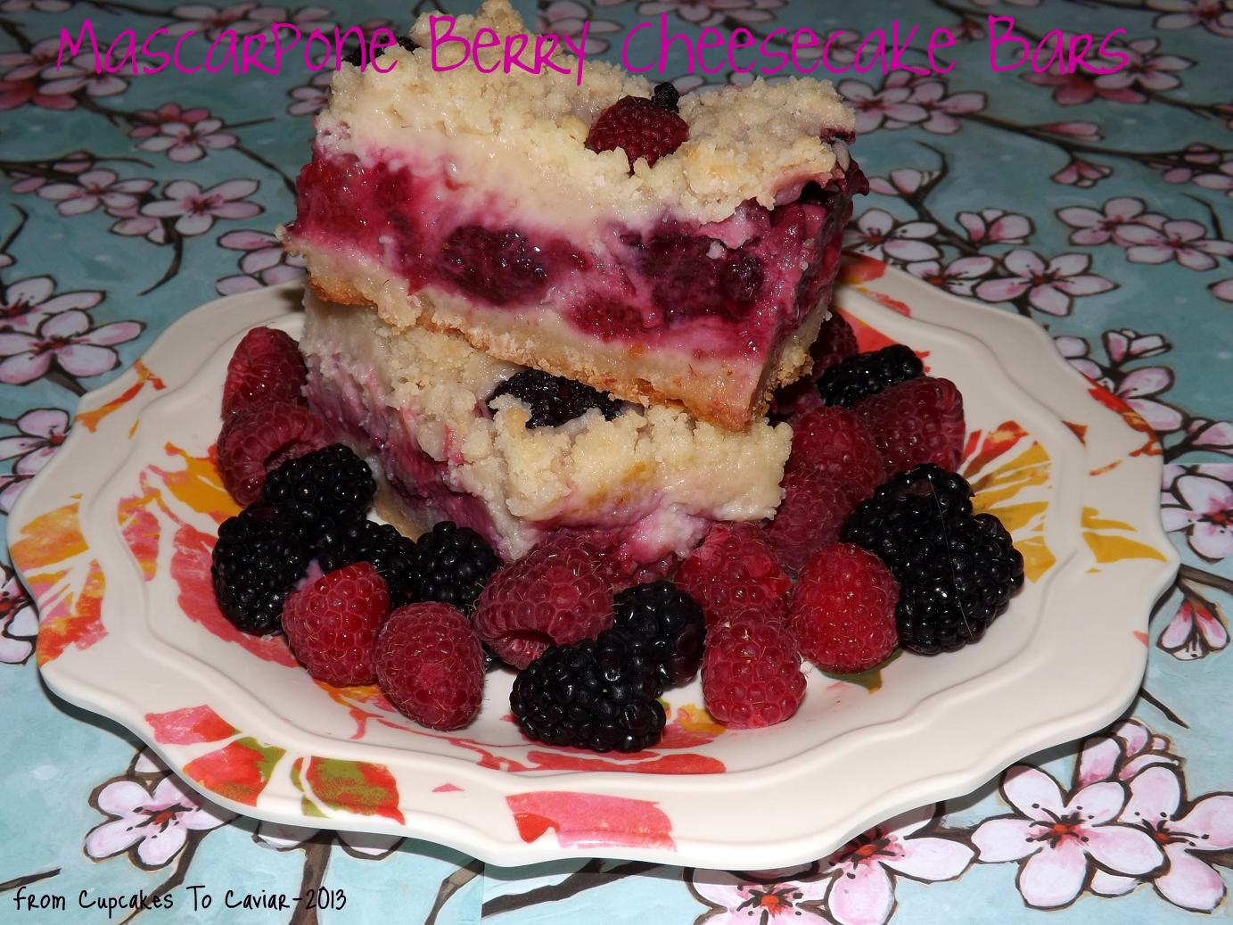 Mascarpone Berry Cheesecake Bars-001