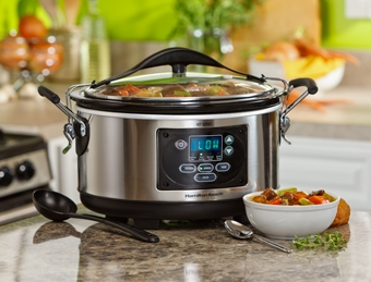 Hamilton Beach Set & Forget® 6 Qt. Programmable Slow Cooker With Spoon/Lid