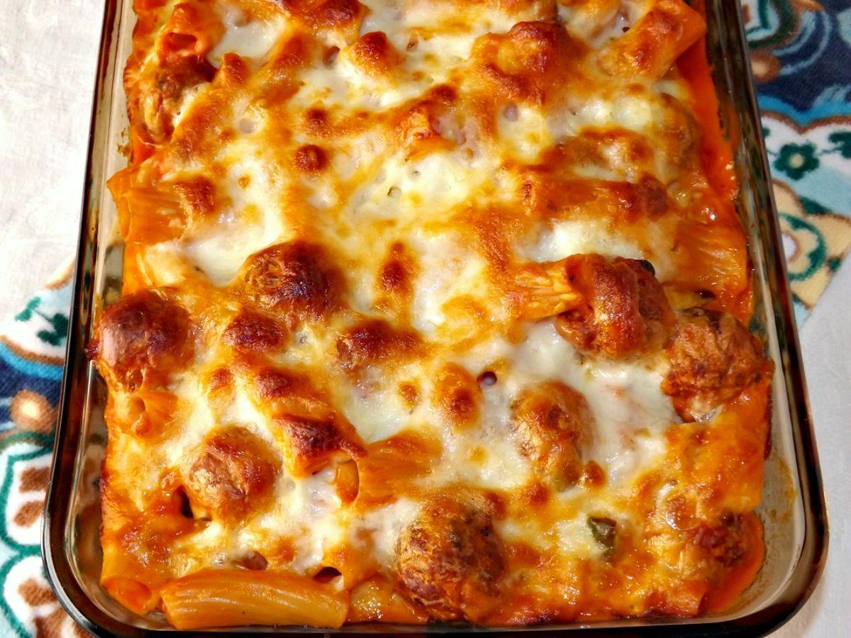 Cheesy Meatball And Sausage Pasta Bake