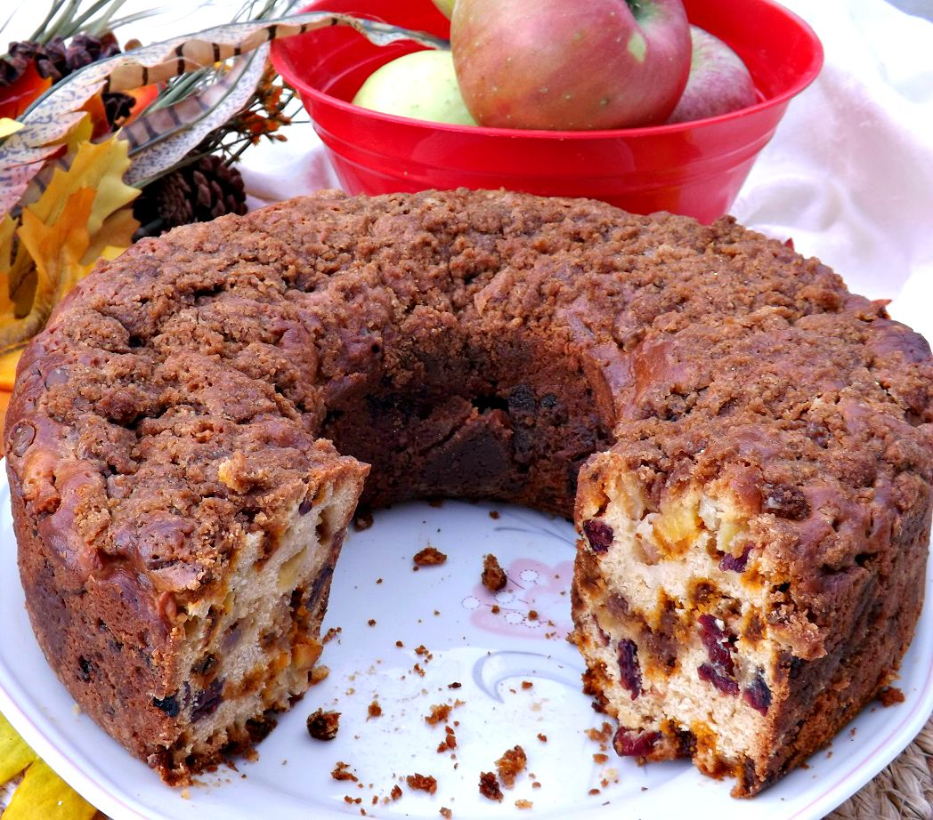 Cinnamon Spice Apple Coffee Cake