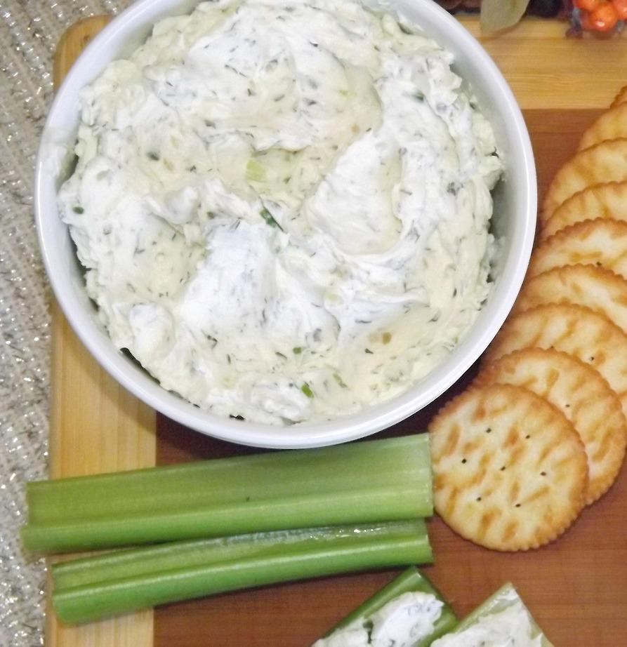 Creamy Homemade Boursin Cheese Spread